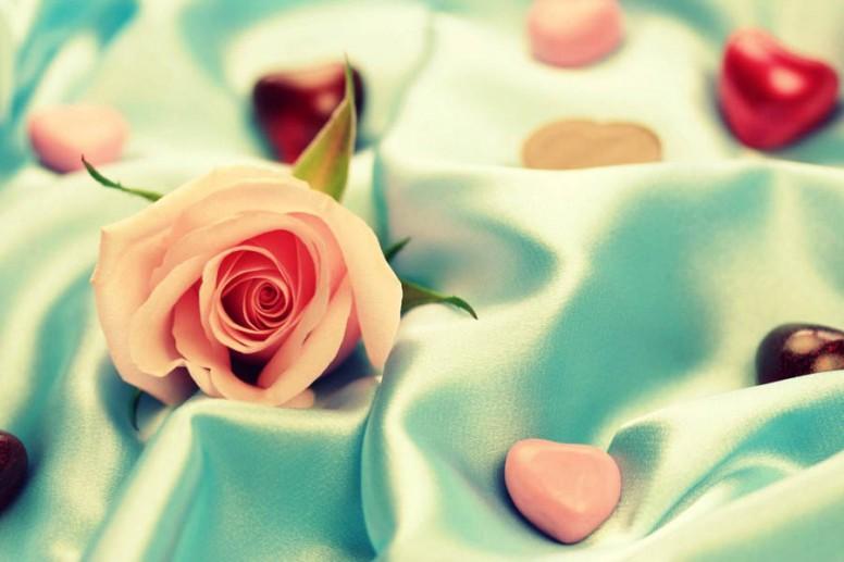 24 года атласная годовщина свадьбы