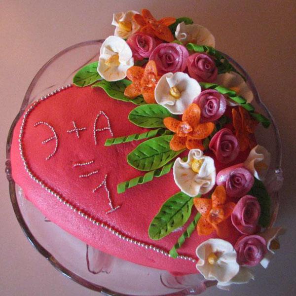 Торт на 1 год из мастики цветы