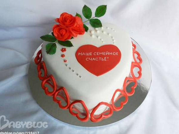 Торт на 1 год свадьбы сердце с цветами