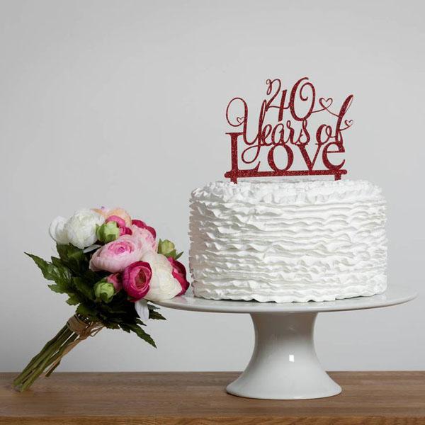 Торт на 1 год свадьбы с топпером 40 лет любви