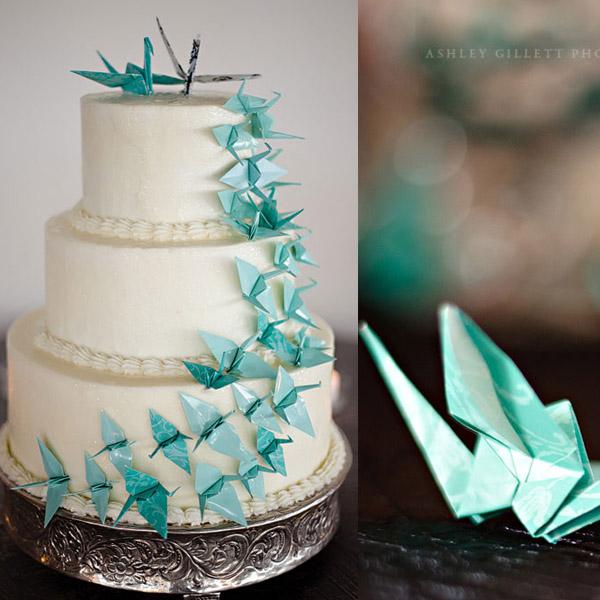 Торт украшенный оригами из бумаги