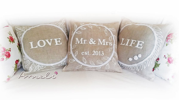Подушки для молодых на 4 года свадьбы