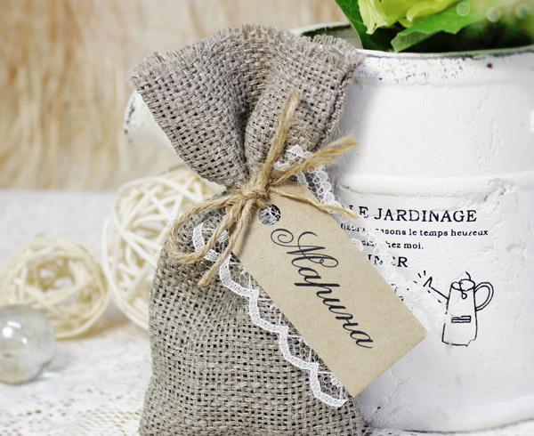 Упаковка из льна для подарков