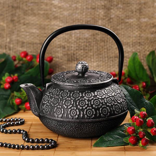 Заварник из чугуна для чая