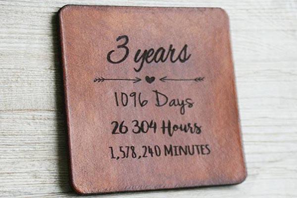 С третьей годовщиной дни, часы, минуты